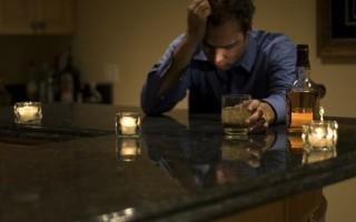Первые признаки хронического алкоголизма у мужчин