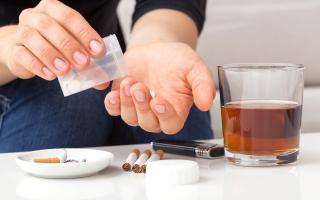 Двойная зависимость: наркотики и алкоголь