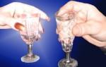 Раскодировка от алкоголя после укола, установки импланта или гипноза – методы и способы снятия кодирования