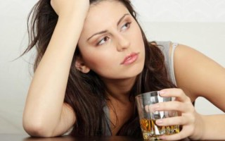 Алкоголизм признаки у женщин: симптомы и стадии. Лечится ли женский алкоголизм?
