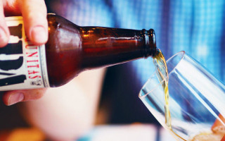 Что делает с человеком регулярный прием алкоголя