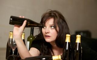 Как побороть женский алкоголизм